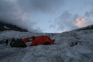 Ночевка на леднике
