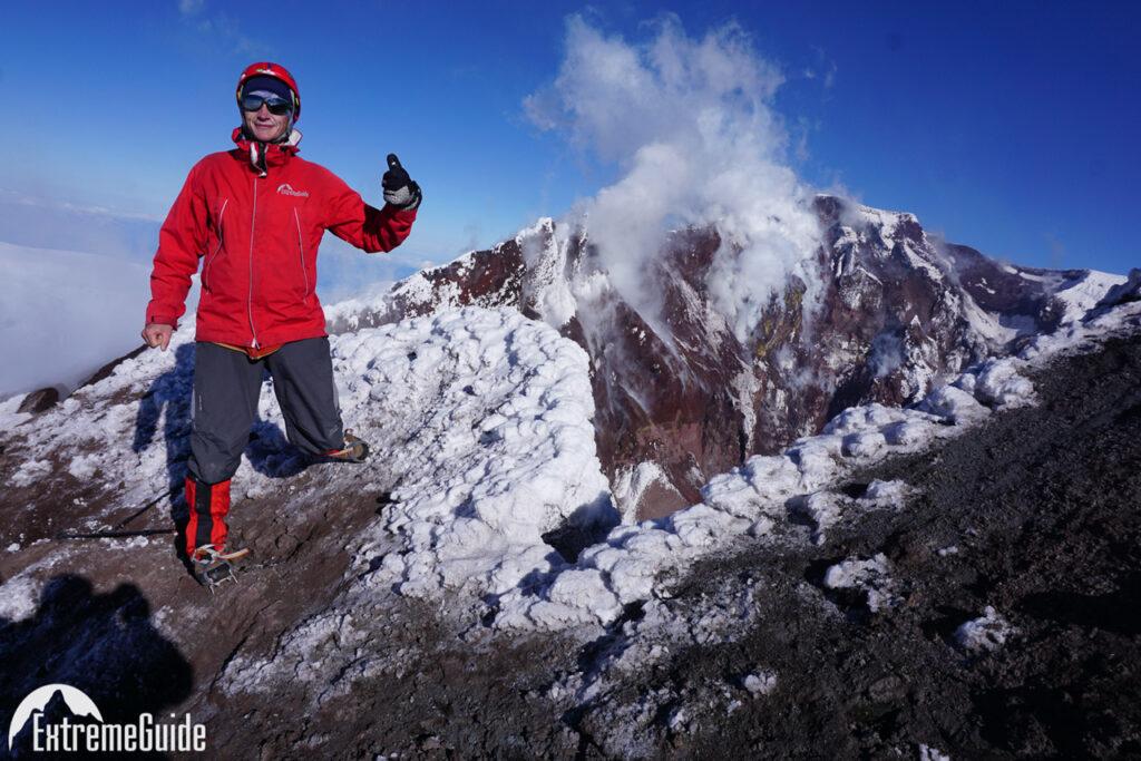 вершина-кратер вулкана ключевская сопка
